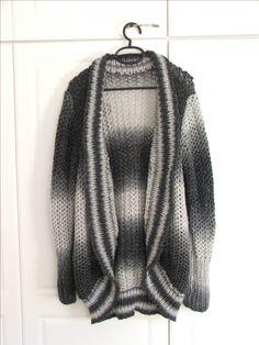 Neuletakki Sweaters, Fashion, Moda, Fashion Styles, Sweater, Fashion Illustrations, Sweatshirts, Pullover Sweaters, Pullover