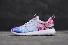 """Nike comes through with one of the best capsules we've seen in a while, with the rollout of the """"Cherry Blossom"""" pack. Six of the Swoosh's famed silhouettes make the cut, including the Air Max 1, Classic Cortez, Air Max Thea, Roshe One, Blazer Mid and the Air Rift. Each print is slightly different from the …"""