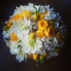 rustic yellow wedding flowers | Yellow and white bouquet