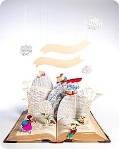 Melanie Grandgirard. 3d paper craft / cut 3d Paper Crafts, Fun Crafts, Up Book, Book Art, Pop Up, Magazine Deco, Diy Broderie, Doodle Books, Cardboard Paper