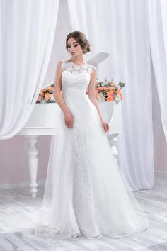 """Wedding dress by Belleza e Lusso. Collection """"Piano"""" / Свадебное платье от Belleza e Lusso. Wedding Dress Bolero, Fitted Lace Wedding Dress, Tulle Wedding Skirt, Wedding Dresses With Straps, Long Wedding Dresses, Tulle Dress, Wedding Gowns, Lace Dress, Bridal Separates"""
