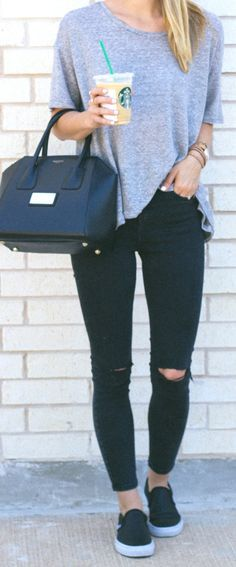 skinny jeans + camiseta cinza + slip ons / LivvyLand http://fancytemplestore.com