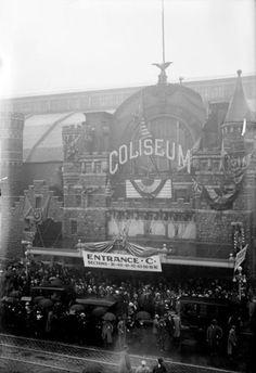 Rainy morning at the Chicago Coliseum, 1513 S Wabash, 1912, Chicago.