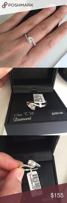 1/4 carat diamond ring. Size 7 New with tag. In perfect new condition. Sterling silver ring with 1/4 carat diamond. Ring box included. Jewelry Rings