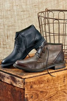 bfe32fba0e0ff 10 Menswear Items That Have Military Heritage