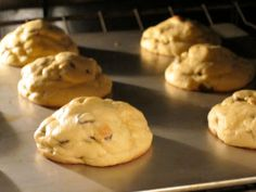 BEST COOKIE EVER!! Fluffy, Soft & Chewy Chocolate Chip Cookies