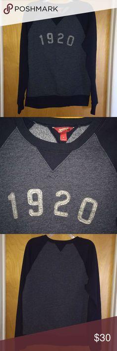 Vintage style sweater vintage style sweater from Arizona jean company. Arizona Jean Company Sweaters Crewneck
