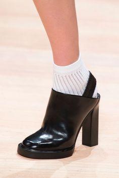 Carven Shoes Paris Fall 2015 (Details)