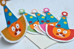 Handmade Clown cards - perfect for kids! Made by the Earn n' Learn initiative  www.arushi.co.uk