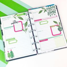 """603 Likes, 28 Comments - Nita Patterson (@neatlyplanned) on Instagram: """"Time to break out all things Christmas ! Jumped into the Holiday spirit but decided to add a…"""" Happy Planner"""