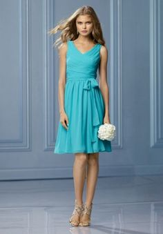 Chiffon V-Neck A-Line Short Bridesmaid Dress - Bridesmaid - WHITEAZALEA.com