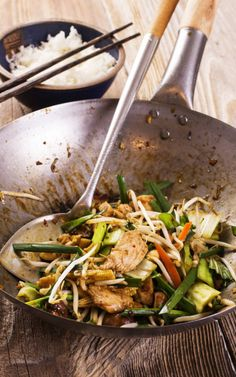 Stir Fry Chicken with Spicy Peanut Sauce
