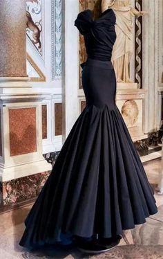 2017 Custom Made Navy Blue/Black Prom Dress, Mermaid Evening Dress,Sleeveless Party Gown,Floor Length Pegeant Dress, High Quality Black Wedding Dresses, Elegant Dresses, Pretty Dresses, Formal Dresses, Dresses 2016, Mermaid Evening Dresses, Evening Gowns, Azzedine Alaia, Mode Style