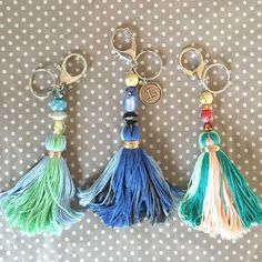 Learn how to make your own DIY Tassel Keychains with fun colorful beads and embroidery thread. These make great Mother's Day gifts for that special someone! Tassle Keychain, Diy Keychain, Keychain Ideas, Diy Embroidery Thread, How To Make Keychains, Diy Graduation Gifts, Personalized Graduation Gifts, Handmade Keychains, How To Make Tassels