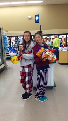 BFF pictures @ the grocery store