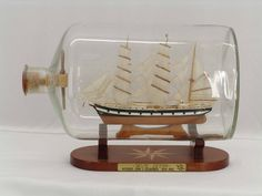 Ship-in-the-bottle Seute Deern Globe/Map/Travel theme bedroom Boat In A Bottle, Ship In Bottle, Bottle Art, Bottle Crafts, Glass Bottle, Nautical Interior, Nautical Art, Vintage Nautical, Nautical Wedding