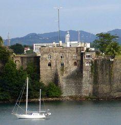 Fort Saint-Louis Light, Fort de France, Martinique