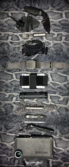 My vagabonding urban EDC kit... #gear  #travel #everydaycarry #tactical #edc