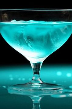 #TiffanyBlue Cocktails #luxury.com