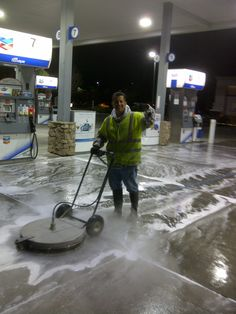 Pressure Washing Business, Clean Concrete, American Canyon, Pressure Washers, Moon Pictures, Cleaning Business, Janitorial, Gas Station, Business Supplies