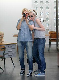 Ellen DeGeneres - Portia de Rossi and Ellen DeGeneres Out and About