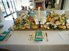 Color scheme and place cards, nice combination  Our Favorite Thanksgiving Table Setting Ideas : Decorating : Home & Garden Television