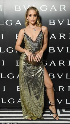 The model, slipped her svelte figure into a racy sequin-encrusted dress, complete with a sultry thigh-high split at the Bulgari dinner party during Milan's Fashion Week on Friday. Celebrity Dresses, Celebrity Style, Jasmin Sanders, Day Dresses, Nice Dresses, Black Supermodels, Gold Sequin Gown, Golden Barbie, Kylie Jenner Lips