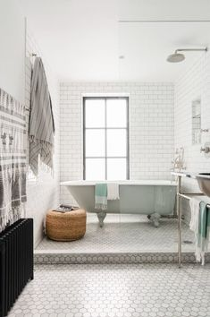 Whether you have a big bathroom space that's screaming for some personality or a simple tiny bathroom that you want to take to the next level, here are our best bathroom wall decor ideas to transform your bathroom into a personal oasis. Best Bathroom Designs, Bathroom Trends, Bathroom Renovations, Modern Bathroom, Bathroom Ideas, Black Bathrooms, Bathtub Ideas, Tiled Bathrooms, Bathroom Inspo