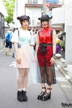 Mai Nami are two specialty school students who we met in Harajuku. Their looks both include double bun hairstyles, sheer skirts, and platform shoes. Nami's cheongsam set her look apart. Japanese Streets, Japanese Street Fashion, Tokyo Fashion, Harajuku Fashion, Fashion 2014, Asian Street Style, Tokyo Street Style, Japanese Harajuku, Harajuku Girls