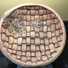 A in with cut out that is simply to give it a more feel Ceramic Arts Daily, D Craft, Oak Leaves, Serendipity, Basket Weaving, Pottery, Clay, Nature, Handmade