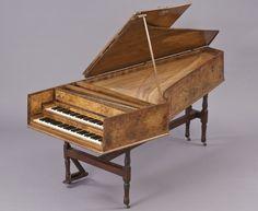 Travel briefs: Parks hikes Jan. 1, antique musical instruments, math museum