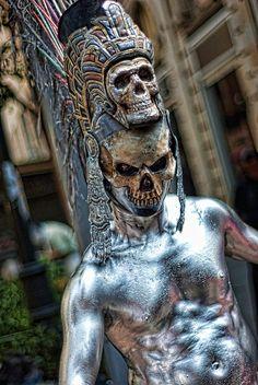 Culture Art, Aztec Culture, Statues, Aztecas Art, Arte Peculiar, Art Du Monde, Aztec Warrior, Focus Photography, Chicano Art