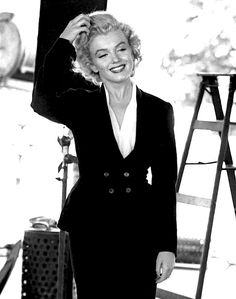 an angel in lace, a fabulous face — Marilyn Monroe in a hair test for Niagara, Norma Jean Marilyn Monroe, Marilyn Monroe Photos, Vintage Hollywood, Hollywood Glamour, Hollywood Celebrities, Hollywood Actresses, Norma Jeane, Most Beautiful Women, American Actress