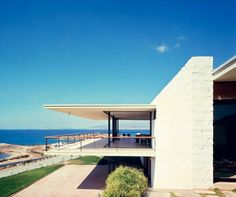Lanaras weekend house by Architect Nicos Valsamakis -  mid century modern greek (1961-1963). Exterior.