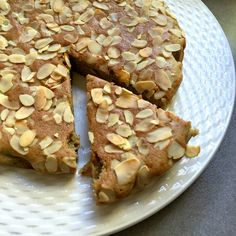 Simple Almond blender cake - dairy, grain and gluten free