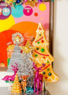 Colorful kitschmas t