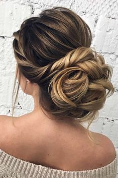 Updos hairstyles for long hair for real queen. We all know that the time before the Big Day flies with the speed of sound. Start your preparing with the most important things, like a dress, shoes, and hairstyle. Ladies, get ready to see fabulous wedding hairstyles for long hair! #weddinghairstylesforlonghair, #weddinghair, #weddingupdos, #weddinghairstyles, #wedding hairstyles