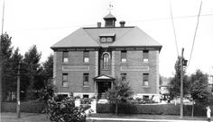 Replacing a one-room stone schoolhouse built in 1854, this photo shows Falls View School as it looked shortly after its opening in 1910.  A significant addition occurred in 1920 that included a gymnasium and a white-tiled swimming pool. Several other classroom additions followed and it is now the location of Cavendish Manor Retirement Home. Niagara Falls Public Library. Canada 150.