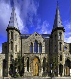 Top 10 des églises reconverties en appart, quand «Du Côté de Chez Vous» dit Amen
