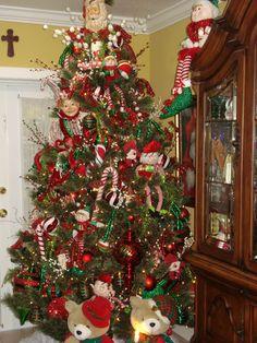 elf christmas tree 2012