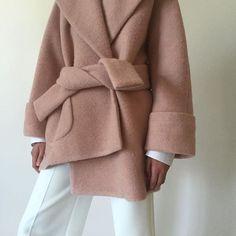 One of our favorite coat this season  www.vooberlin.com #voostore #carven #berlin