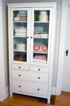 Superb From TV Cabinet To Linen Cabinet How Many Of These Do You See Now That Flat  Screens Are The Thing | Home Projects I Can DO | Pinterest | Linen Cabinet,  ...