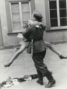 Soldier coming home from war,
