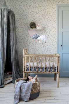 Rustic Nursery Room Ideas: Aesthetic & Characterful Decorating Style with Richness of Natural Colors & Textures