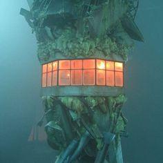 Gorillaz Plastic Beach, Cyborg Noodle, Russel Hobbs, Gorillaz Art, Out To Sea, Ocean Life, Greek Islands, Windmill, Tropical