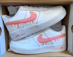 Discover recipes, home ideas, style inspiration and other ideas to try. Nike Air Force One, Air Force One Shoes, Nike Air Force 1 Outfit, Nike Air Shoes, Nike Shoes Outlet, Nike Custom Shoes, Custom Painted Shoes, Zapatillas Nike Air Force, Design Nike