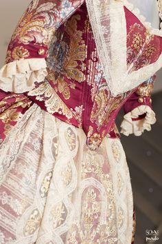 #roatextil #FMV2015 #fallas #indumentaria Textiles, Marie Antoinette, Fashion Outfits, Womens Fashion, Beautiful Dresses, Sari, Skirts, Regional, Clothes
