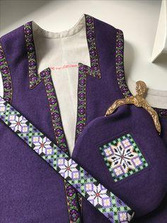 Made by Inger Johanne Wilde Beadwork, Norway, Scandinavian, Weaving, Diy Crafts, Costumes, Dresses, Fashion, Hardanger