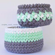 "Polubienia: 134, komentarze: 7 – ⠀⠀⠀⠀⠀ КОРЗИНКИ - СУМКИ (@regina_sweet_crochet) na Instagramie: ""А вы делаете утреннюю гимнастику ?  Мои корзинки да  отлично стоят  Набор корзинок свободен ✅…"""