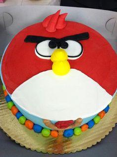 Cute angry birds cake